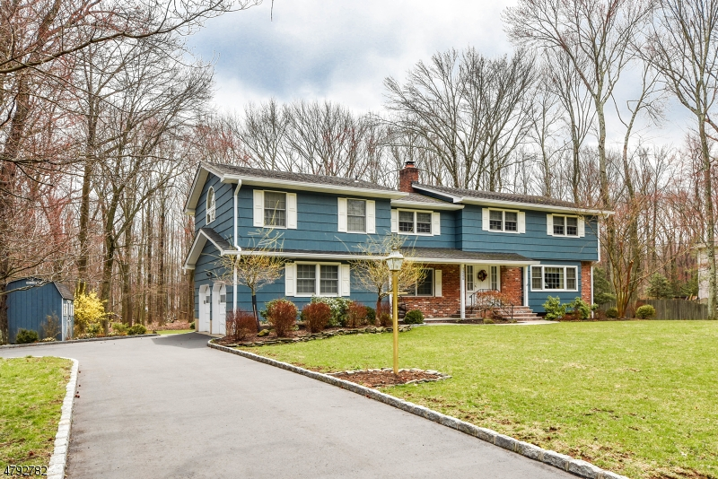 Property for sale at 1266 Sleepy Hollow Ln, Scotch Plains Twp.,  NJ  07076
