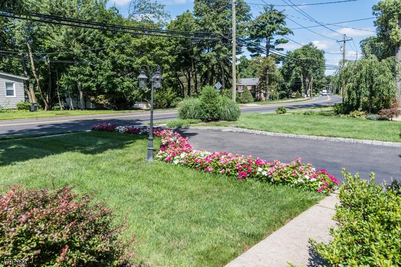 194 Godwin Ave Wyckoff Twp., NJ 07481 - MLS #: 3460223