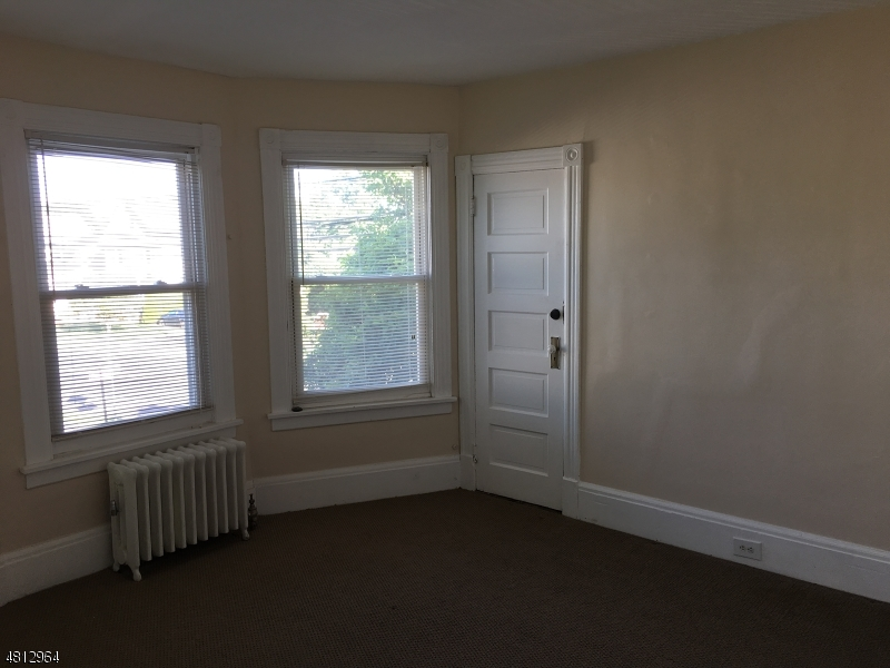 63 E SOMERSET ST Raritan Boro, NJ 08869 - MLS #: 3493823
