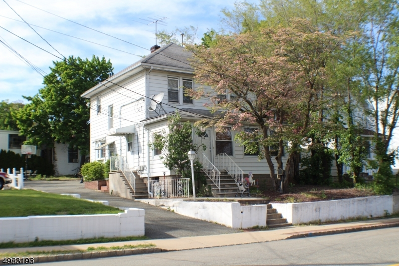 Photo of home for sale at 316 DIVISION ST, Boonton Town NJ