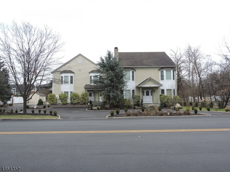 Photo of home for sale at 19 LITTLETON RD, Parsippany-Troy Hills Twp. NJ
