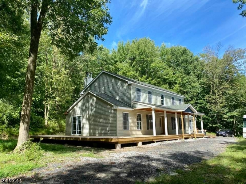 Photo of home for sale at 46 PIDGEON HILL RD, Wantage Twp. NJ