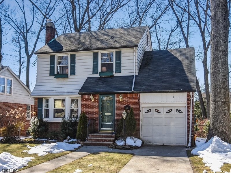 Property for sale at 44 Fairway St, Bloomfield Township,  NJ 07003
