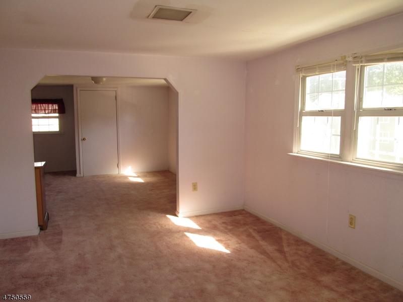 82 Riverview Ter Riverdale Boro, NJ 07457 - MLS #: 3421925