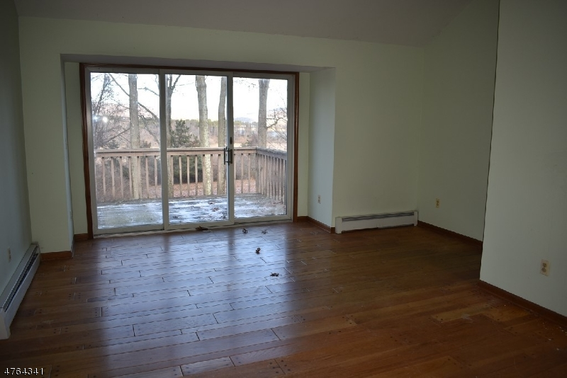 7 Panorama Pl Clinton Town, NJ 08809 - MLS #: 3434625