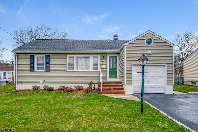 Property for sale at 86 Mapes Ave, Springfield Twp.,  NJ  07081