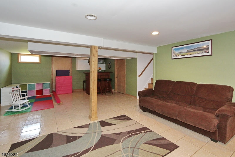 532 HUNTER AVE Scotch Plains Twp., NJ 07076 - MLS #: 3486425