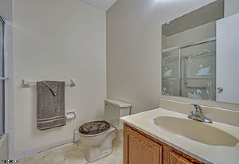 12 OLSTINS CT Berkeley Twp., NJ 08757 - MLS #: 3493825