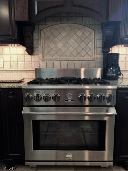 25 Woodland Rd Clark Twp., NJ 07066 - MLS #: 3398826