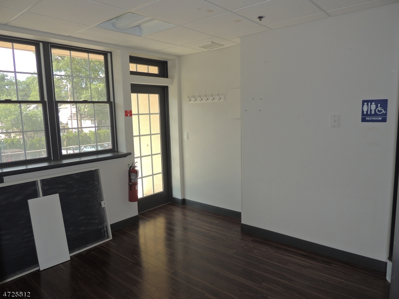 515 Springfield Ave Berkeley Heights Twp., NJ 07922 - MLS #: 3398926