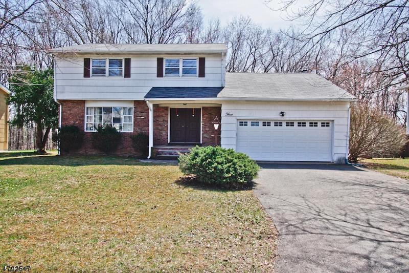Property for sale at 3 Grant St, Cranford Twp.,  NJ  07016