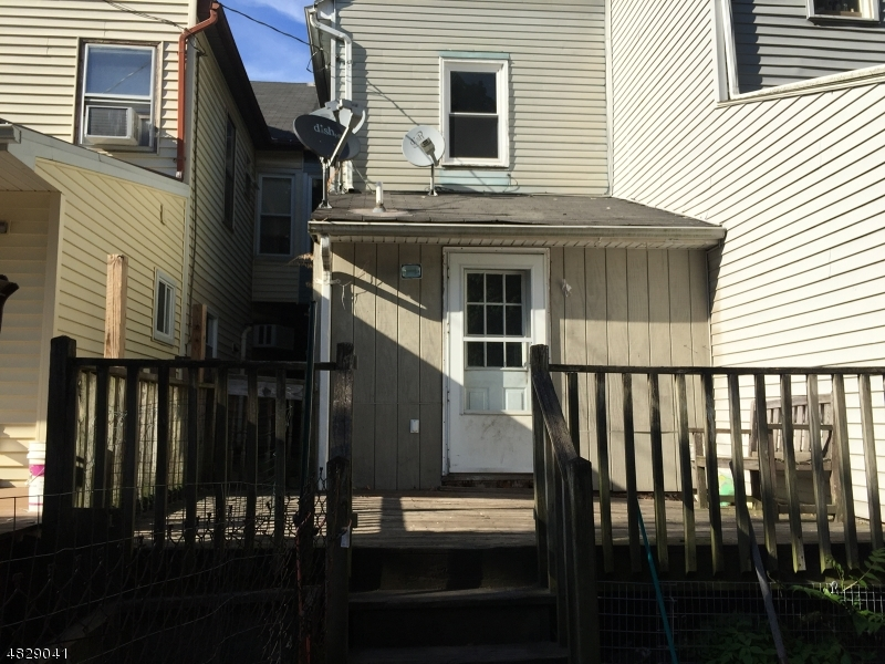 304 MERCER ST Phillipsburg Town, NJ 08865 - MLS #: 3493826