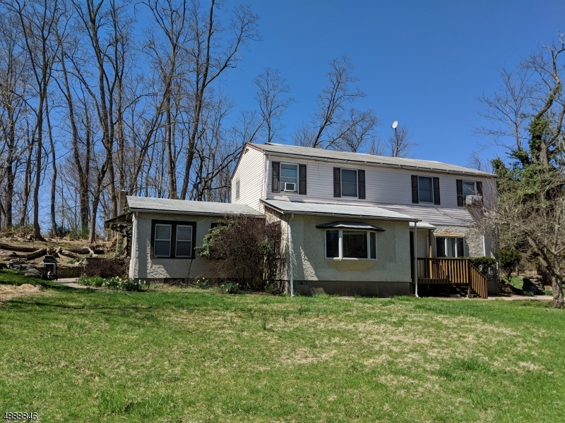 Photo of home for sale at 71 PAYNE RD, Andover Twp. NJ