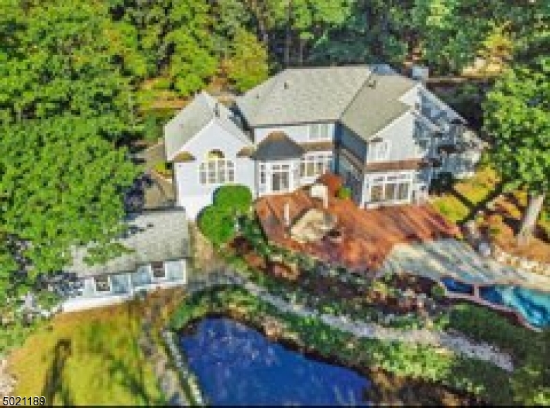 Photo of home for sale at 29 BEECHTREE LN, Essex Fells Twp. NJ