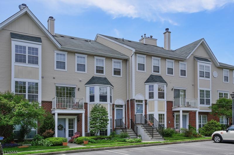 50 Pine St, C800g, Montclair Township, NJ 07042