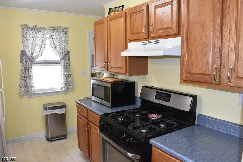 921 Route 202 Raritan Boro, NJ 08869 - MLS #: 3422327