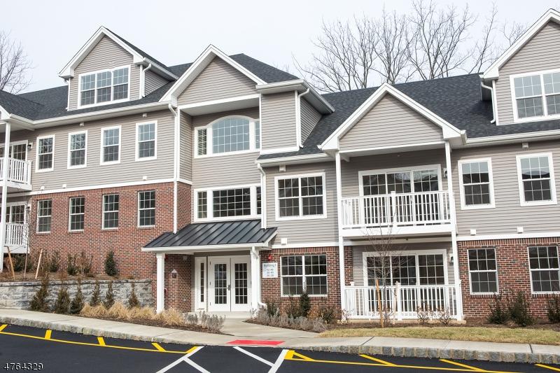 10 Grove Ave Cedar Grove Twp., NJ 07009 - MLS #: 3434627