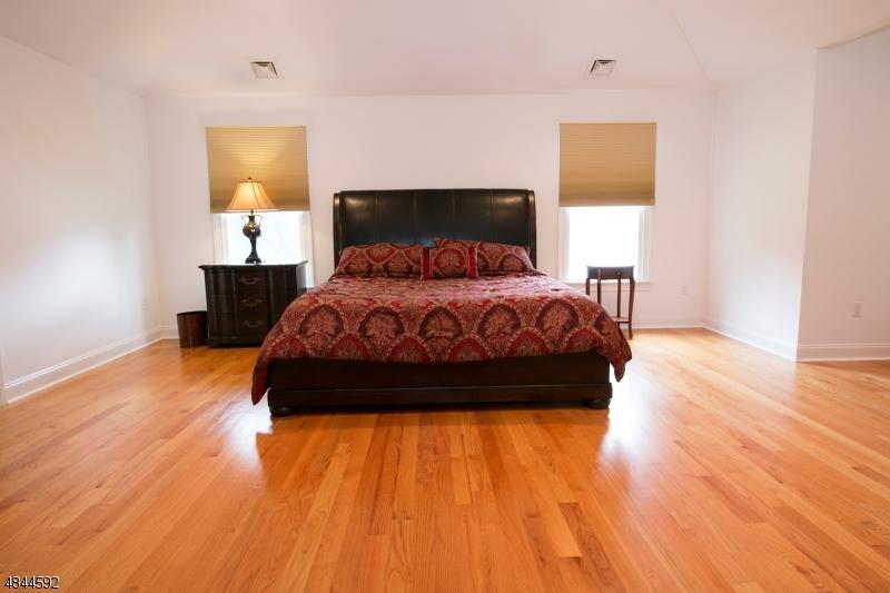 55 PROSPECT AVE Woodcliff Lake Boro, NJ 07677 - MLS #: 3508227