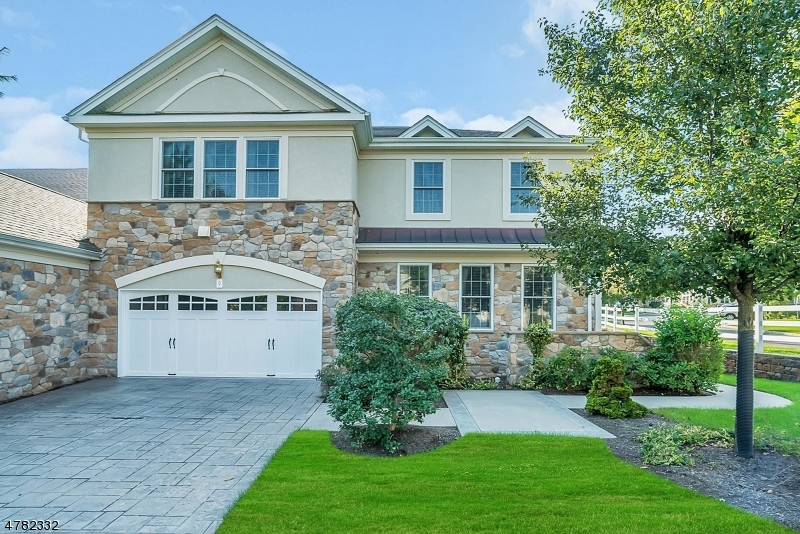 Photo of home for sale at 9 LARA PLACE, Warren Twp. NJ
