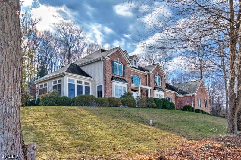 Photo of home for sale at 27 SUTTON RD, Tewksbury Twp. NJ