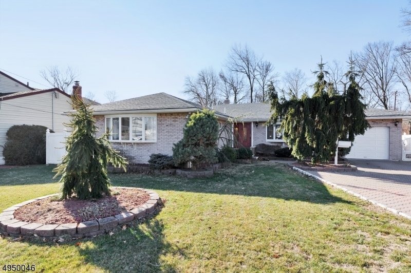 Photo of home for sale at 830 RIVERBEND DR, Clark Twp. NJ