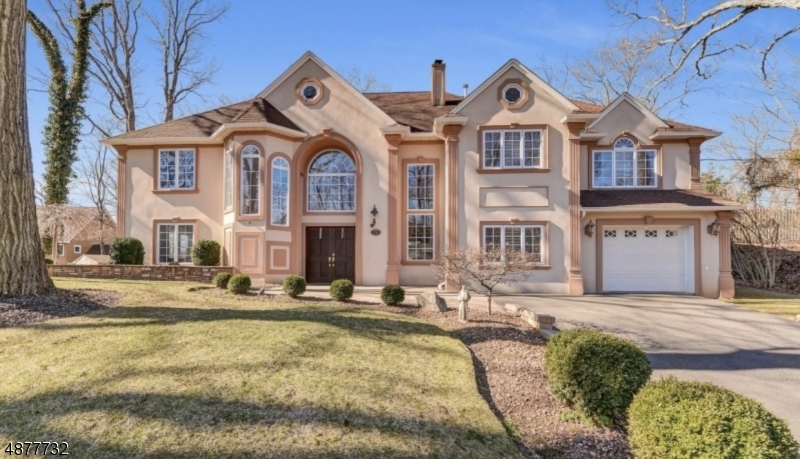 Photo of home for sale at 31 4TH AVE, Wanaque Boro NJ