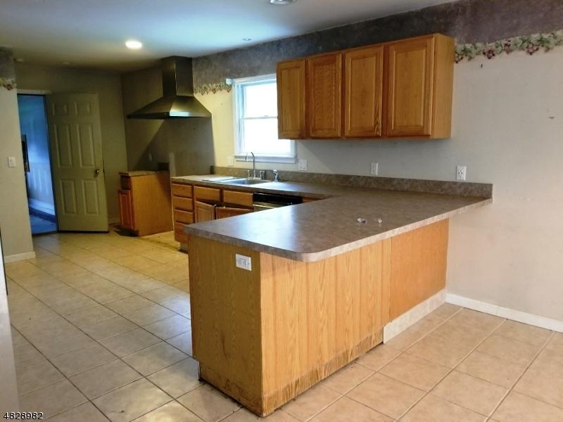 15 MOUNTAIN AVE Rockaway Twp., NJ 07866 - MLS #: 3493828