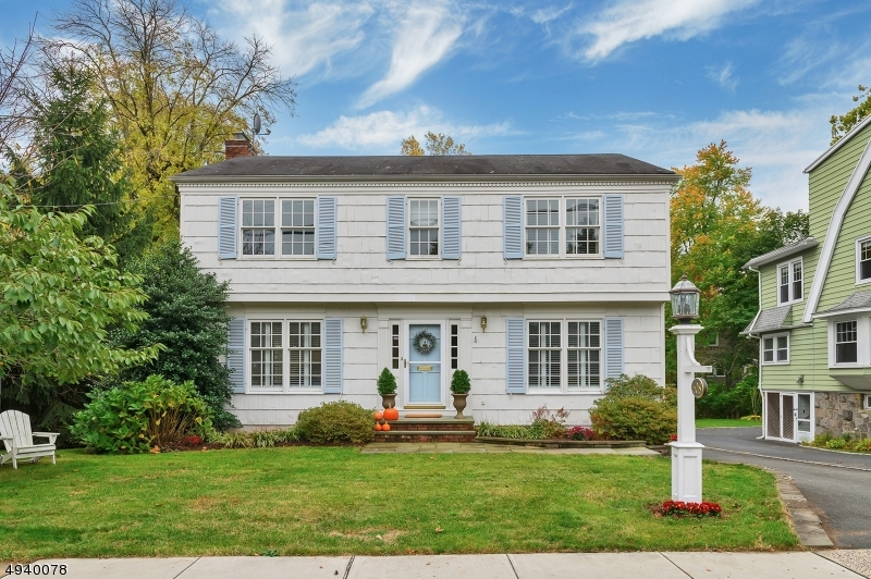 Photo of home for sale at 608 SPRINGFIELD AVE, Summit City NJ