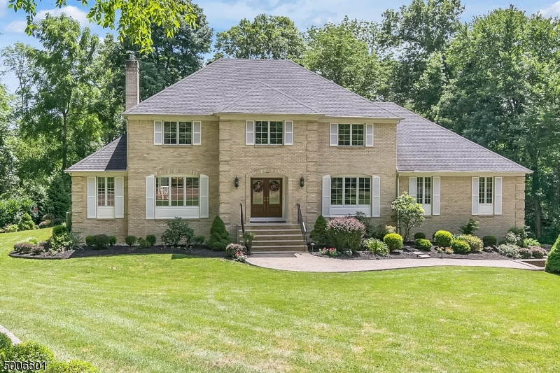 Photo of home for sale at 140 LAKE RD, Bernards Twp. NJ
