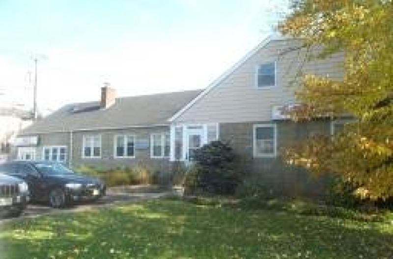 Photo of home for sale at 400 North Bridge Street, Bridgewater Twp. NJ