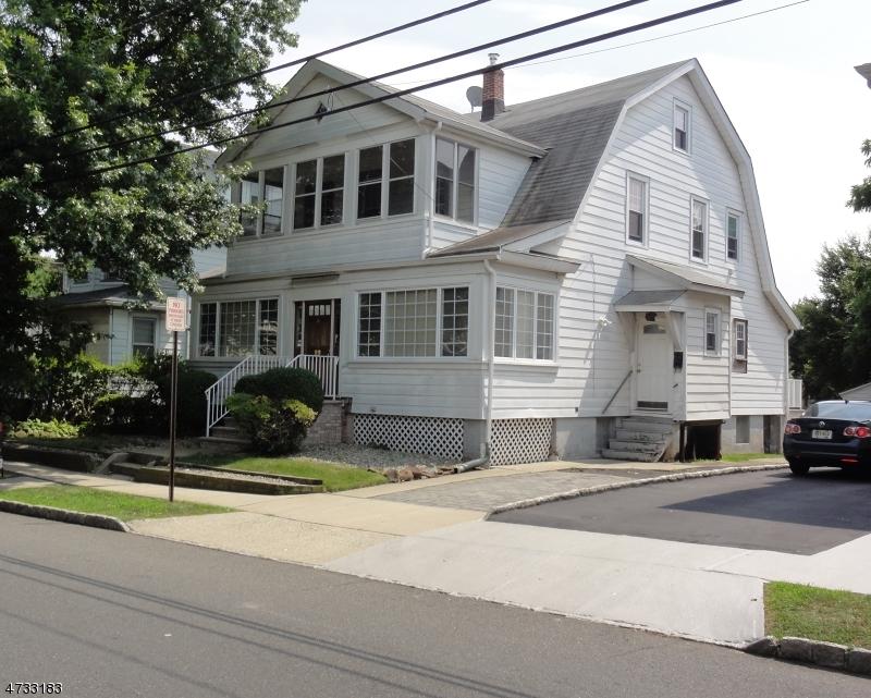 19 Chapel St, Bloomfield Township, NJ 07003