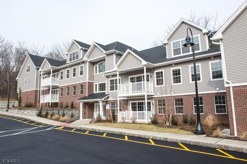 24 Grove Ave Cedar Grove Twp., NJ 07009 - MLS #: 3434629