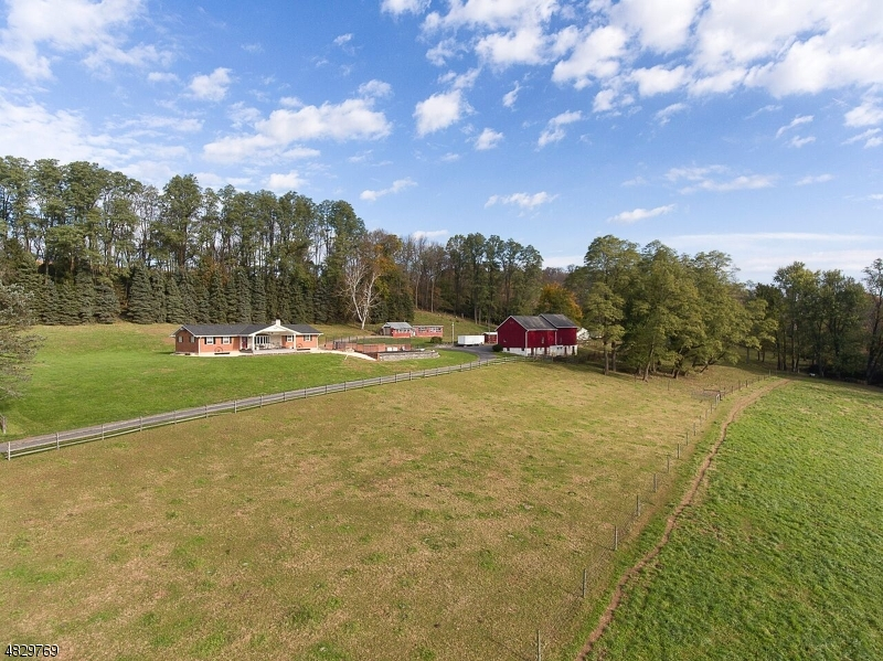 Photo of home for sale at 1741 Raub Lane, Harmony Twp. NJ