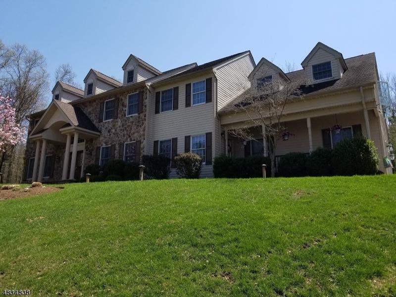 Photo of home for sale at 25 ROCKAWAY RD, Readington Twp. NJ