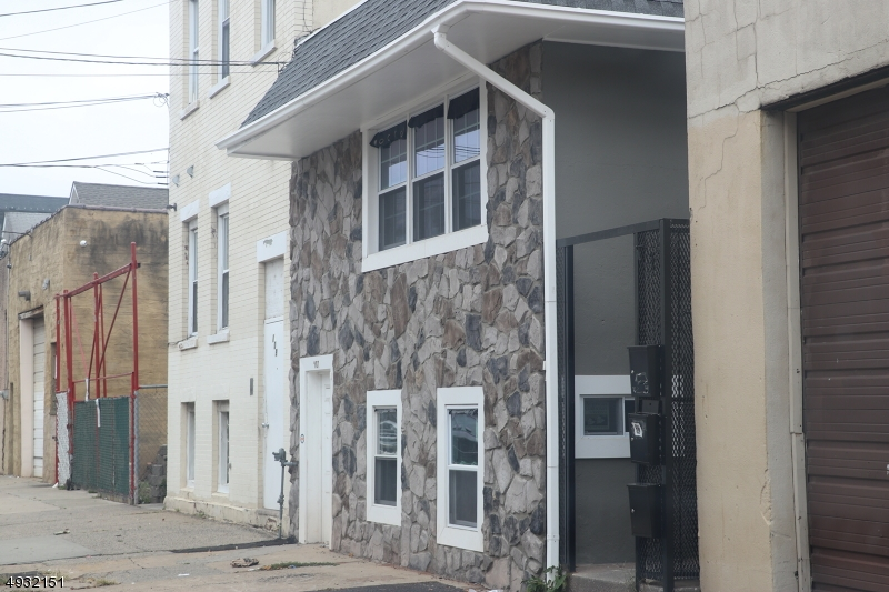 Photo of home for sale at 107 MARSHALL ST, Elizabeth City NJ