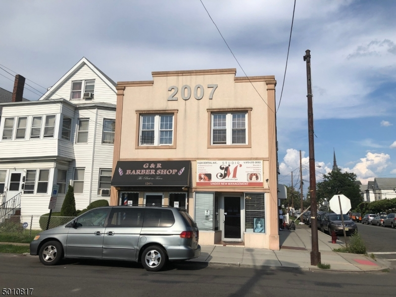 Photo of home for sale at 124 CENTRAL AVE, Passaic City NJ