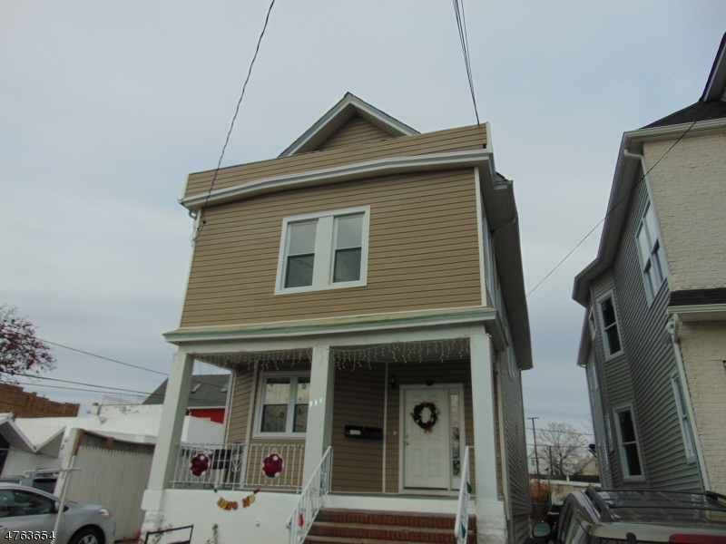 Photo of home for sale at 539 JERSEY AVE, Elizabeth City NJ