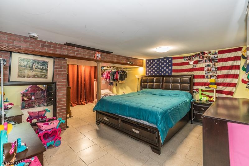 232 SPRINGFIELD RD Elizabeth City, NJ 07208 - MLS #: 3478330