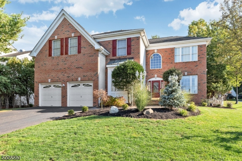 Photo of home for sale at 45 BLUE RIDGE CIR, Scotch Plains Twp. NJ