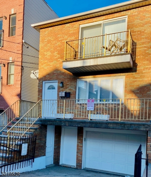 Photo of home for sale at 52 LAIDLAW AVE, Jersey City NJ