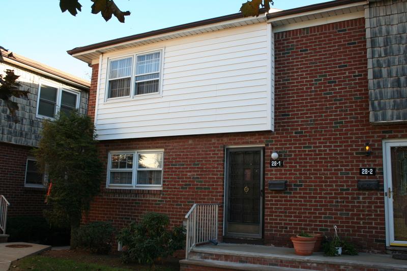 Photo of home for sale at 28 FARM RD, Hillsborough Twp. NJ