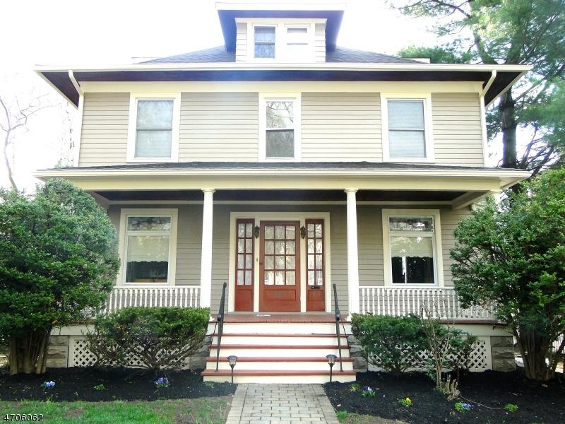 121 Essex Ave, Bloomfield Township, NJ 07003