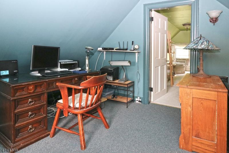 42 Maple Pl Nutley Twp., NJ 07110 - MLS #: 3420532