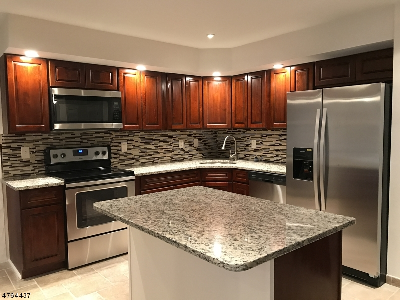 61 White Rock Blvd Jefferson Twp., NJ 07438 - MLS #: 3434732