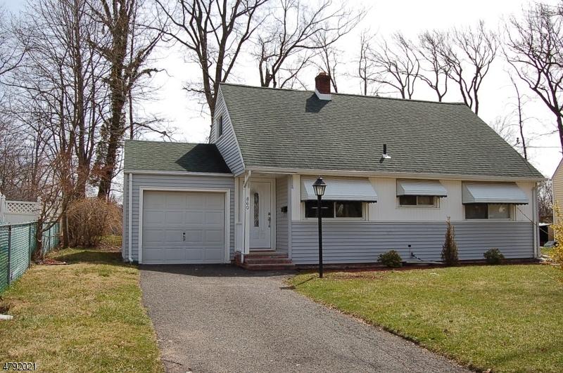 860 Adam Circle Plainfield City, NJ 07062 - MLS #: 3459432