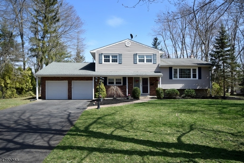 Property for sale at 246 River Bend Road, Berkeley Heights Twp.,  NJ  07922