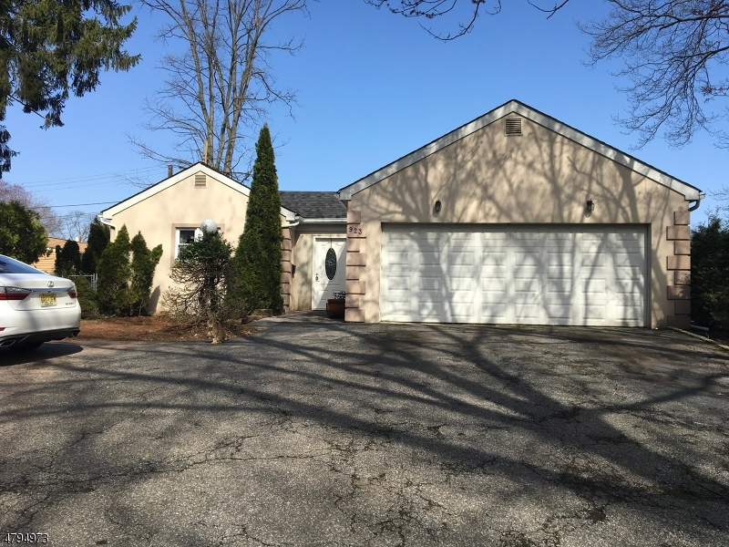 Property for sale at 923 Crescent Dr, Rahway City,  NJ  07065