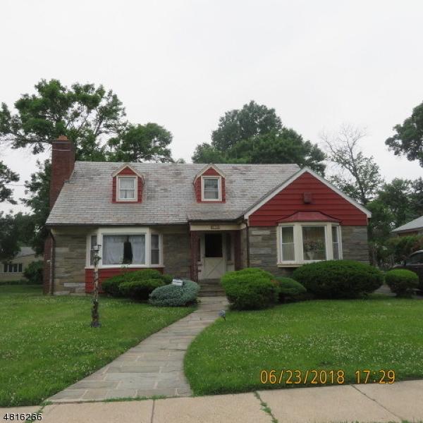Photo of home for sale at 610 IRVINGTON AVE, Hillside Twp. NJ