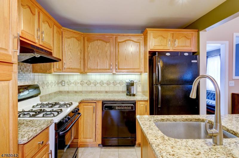 21 Taylor St Rockaway Twp., NJ 07801 - MLS #: 3452833