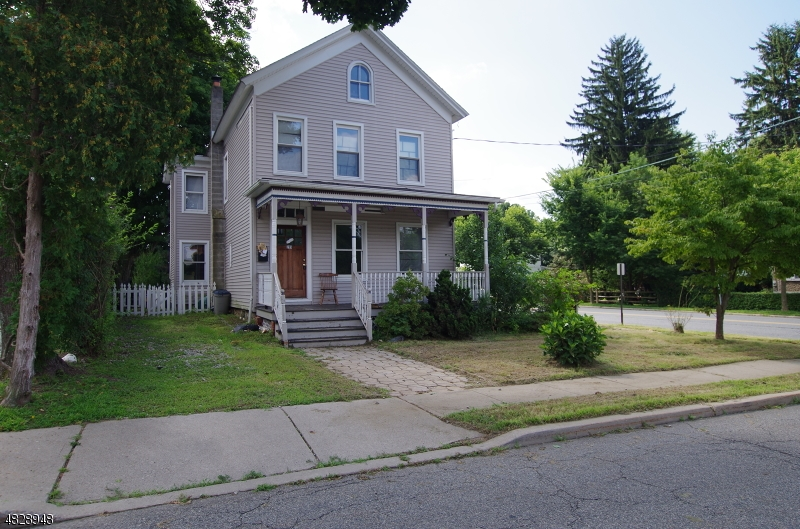 209 CENTER ST Hackettstown Town, NJ 07840 - MLS #: 3493733